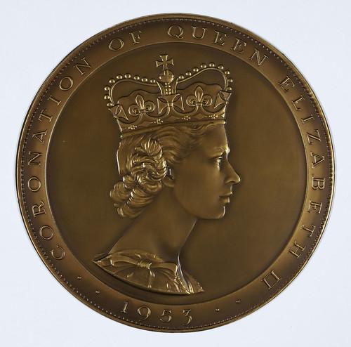 queen elizabeth younger years. queen elizabeth ii younger