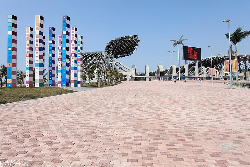 高雄龍騰體育場