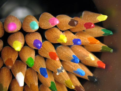 crayons pencil crayons