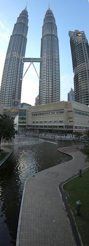 Petronas Towers in Panorama