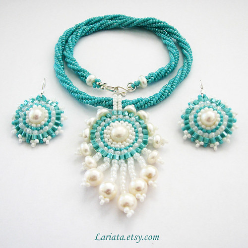 turquoise and freshwater pearl beadwoven set
