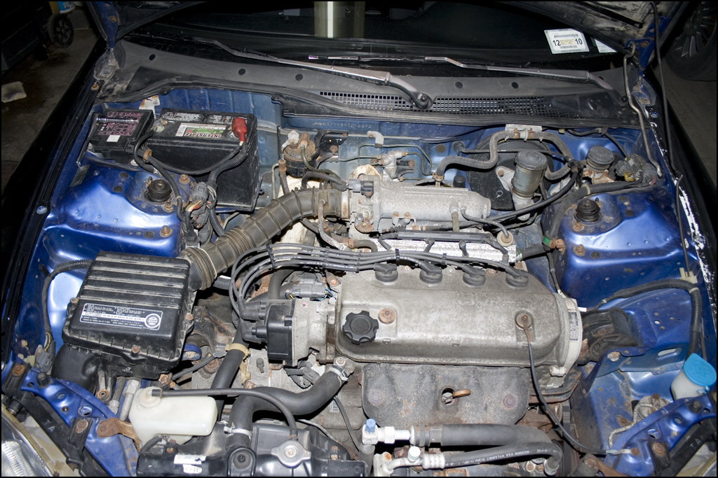 How To Replace A Fuel Filter Dseriesorgrhdseriesorg: 2000 Honda Civic Fuel Filter Located On At Elf-jo.com