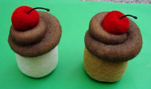 Airbrushing a Cupcake 9