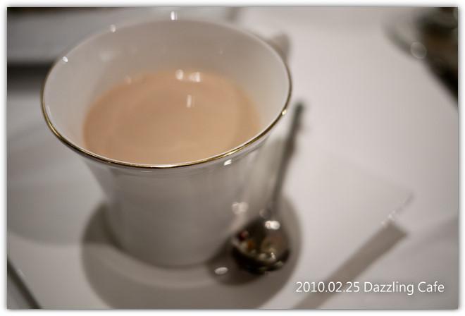 20100225_DazzlingCafe_1010428