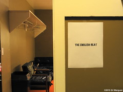 The English Beat's dressing room @ Bimbo's, SF (GilW) Tags: sanfrancisco bimbos thebeat theimpalers bimbos365club davewakeling englishbeat theenglishbeat