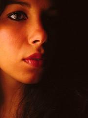 (Erica Modesto) Tags: light luz me contrast self autoretrato lips labios boca