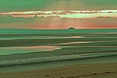 Ryde Sands at dawn (Charles Smallman) Tags: vacation england holiday beach nikon charles isleofwight solent lowwater sandybeach ryde smallman nikon200 rydesands nomansfort charlessmallman charlessmallmansportfoliojanuary