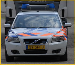 Dutch police Volvo. (NikonDirk) Tags: volvo verkeer v50 traffic politie police light nikondirk netherlands nederland klpd hulpverlening holland dutch cops cop mickeymouse flash hella mickey mouse trafficpolice verkeers verkeerspolitie lights flashers flashing lightbar rotating warning blue foto unit infrastructure dienst infrastructuur dvp dwp spopo dsp 59gft3 commercial vehicle inspection safety