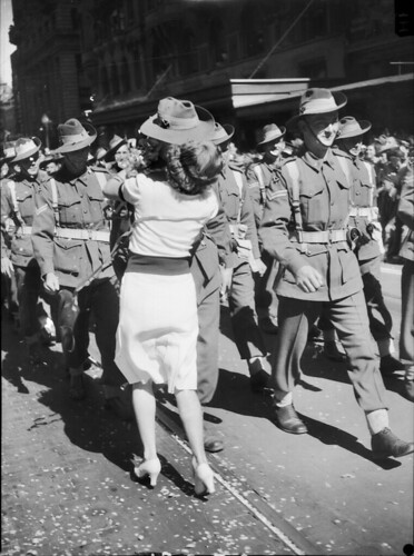 A kiss interrupts the march, 1943