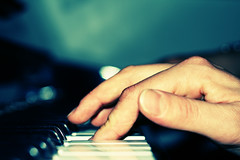play again sam (+faster+) Tags: canon400 eos400d 50mm f14 digital urbanacid acid canon piano music classic bokeh play song ps photoshopcanon eos ef usm lens