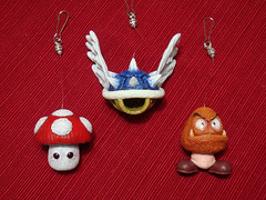 Super Mario Xmas Set (Jaime Margary) Tags: xmas blue sculpture mushroom shell super mario bros jaime goomba margary kalapusa