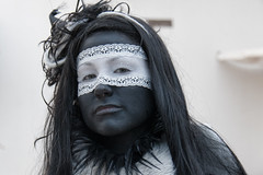 Midwinterfair in Archeon (hans s) Tags: black girl face fair archeon 2009 midwinter killerqueen midwinterfair