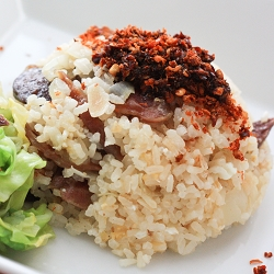 Lap Cheong (Chinese Sausages) One Pot Rice