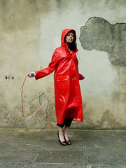 DSCF6690 (www.suziehigh.co.uk) Tags: rain mac coat vinyl plastic raincoat rainwear pvc slicker regenmantel