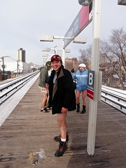 2010 No Pants Subway Ride, Chicago-6 (Taekwonweirdo) Tags: cta underwear prank l redline undies underpants nopants pantless 2010 elevatedtrain undergarment chicagoillinois improveverywhere chicagoans barelegs wecausescenes 9thannualnopantssubwayride