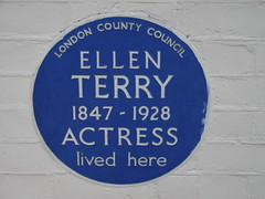 Photo of Ellen Terry blue plaque