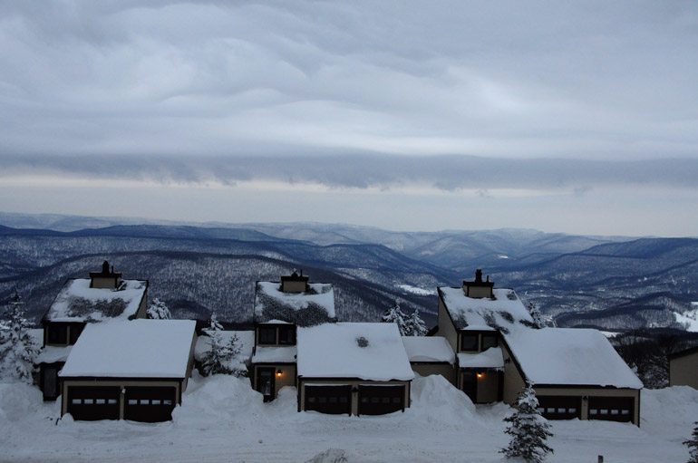 web_townhomes_snowshoe_0239_2520
