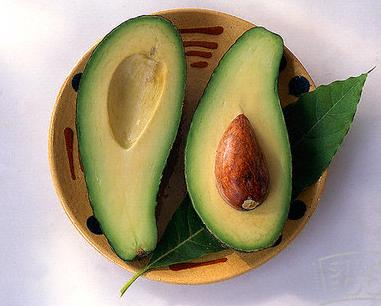 avocado_in_bowl_stockfood (source)