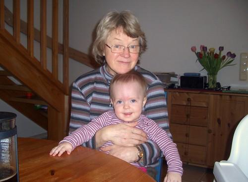 Mormor på besök