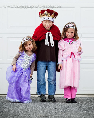 Purim - King and his Queens