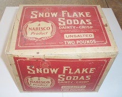 NABISCO SNOW FLAKE SODAS BOX (ussiwojima) Tags: advertising box nabisco snowflakesodas