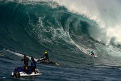 Todos Santos Big Wave Contest 2010 (Phil Gibbs) Tags: peru mexico nikon surf surfer contest tube barrel baja d200 xxl biggest todossantos bigwave prgibbs garylinden gabrielvillaran philgibbs lindensurfboards