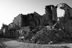 Ruderi (geotetto) Tags: bw italy canon italia sicily sicilia biancoenero ruderi poggioreale eos400d rgsstreetphotography geotetto