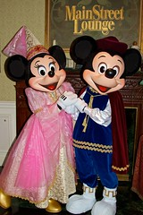 DLP Feb 2010 - Meeting Prince Mickey and Princess Minnie on Valentines Day