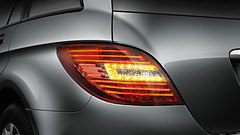 2011 Mercedes-Benz R-Class Photos