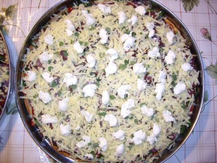 mayasız pizza pişmeden