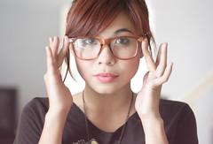 [フリー画像] [人物写真] [女性ポートレイト] [アジア女性] [眼鏡/メガネ] [フィリピン人]      [フリー素材]