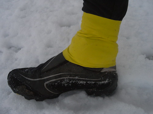 An Idea To Stop Water Getting Into The Top Of Winter Cycling Shoes
