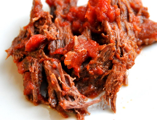 Oven Braised Beef with Tomato Sauce & Garlic – The Way to His Heart