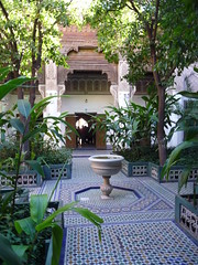 Bahia Palace, Marrakech 5 nov 08 082 (AngelasTravels) Tags: morocco bahia moorish marrakech stucco riad zellij andalucian bahiapalace palaisbahia marrakechbahia5nov08
