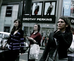 Blue tuesday or zombies day ? (Pierre Mallien) Tags: street uk blue wedding england people urban en london girl fashion lady canon shopping hair eos photo flickr raw belgique britain pierre candid stage tag streetphotography pit explore perkins londres tuesday streetphoto mariage rue mode pour tinker tous londonist streetphotographer photoderue coolhunters dorothyperkins 40d rawstreet modedelarue photographederue pitvanmeeffe stylehunter mallien pierremallien streetstylers designinfluencers chasseurdelook photodelarue rechercheunphotographemariage stagephotobelgique walloniestage lemeilleurphotographedemariagedebelgique