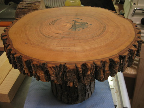 finished cake stand