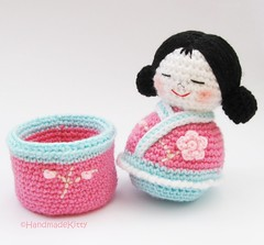 Ravelry Japanese kokeshi girls jewelry box pattern by Jenny Lloyd