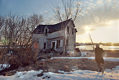 (emmakatka) Tags: house building abandoned home vintage derelict abandonment