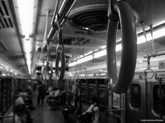 Apoyo (expresionesurbanas) Tags: buenosaires subte mitsubishi transporte apoyo agarradera lineab