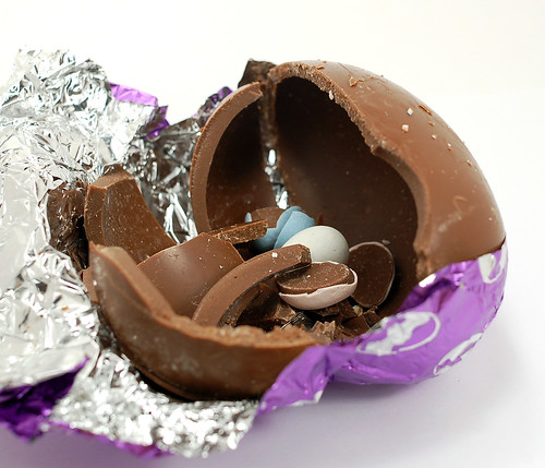 Cadbury Dairy Milk Hollow Milk Chocolate Egg