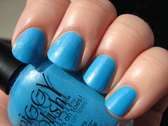 Piggy Polish Polar Sea Ice (PuckLizardRN) Tags: blue nailpolish shimmer piggypolish polarseaice