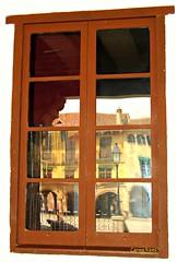 Finestra al passat (Carme Ribes) Tags: barcelona window ventana finestra pobleespanyol