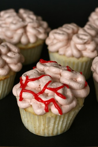 Brain with Blood Clot Cupcakes - Everyday Annie
