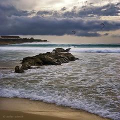 28.oct (luzdelsur) Tags: espaa kite surf andalucia cadiz olas isla roca tarifa luzdelsur