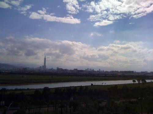 從學學文創大樓遠眺台北101大樓