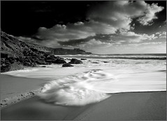 West Coast (zedith) Tags: seascape beach portugal nature blackwhite nikon environment westcoast atlanticocean ericeira globalwarming ribeiradilhas watermotion coastalline zedith sigma1020mm1456dchsm