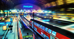Colour & Speed (Jrg Dickmann) Tags: motion color colour topf25 station night speed train germany geotagged topf50 zoom hamburg railway zug bahnhof explore hauptbahnhof motionblur hh bahn topf100 regionalbahn canon2470 canon5dmk2 geo:lat=53553376 geo:lon=10006828