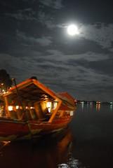 night at Sarawak, Malaysia (Nurul Farehah) Tags: moon night river nikon alone side sampan sungai excellentshot d40x
