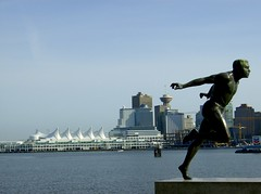 HARRY JEROME STATUE STANLEY PARK VANCOUVER 2 (Michael Francis McCarthy) Tags: stanleypark coalharbour vancouverskyline harryjerome