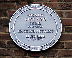 Photo of Wendy Richard blue plaque